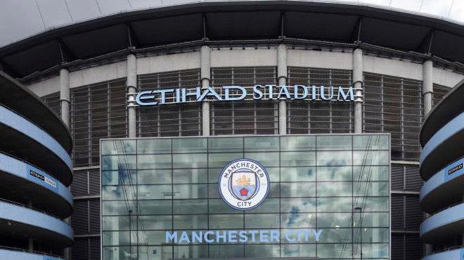 Fachada exterior del Etihad Stadium.