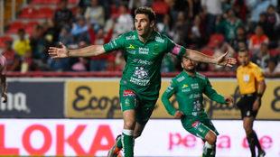 Celebración de Mauro Boselli.
