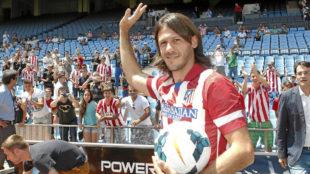 Demichelis durante su presentación con el Atlético de Madrid en...