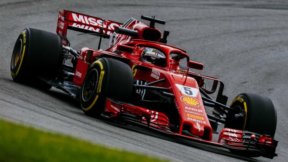 Vettel domina el libre 3 y apunta a la pole