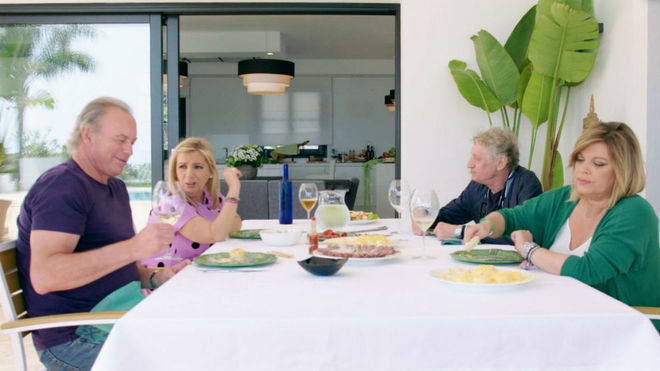 Terelu Campos, Carmen Borrego y Enrique San Francisco visitaron a...