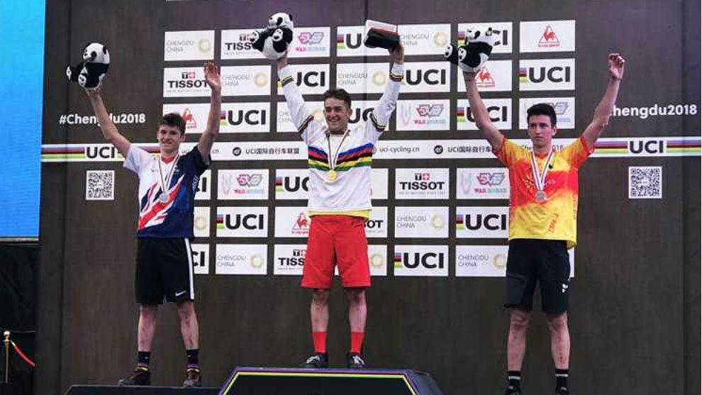 Alejandro Montalvo y Martí Arán, oro y bronce en trial junior.