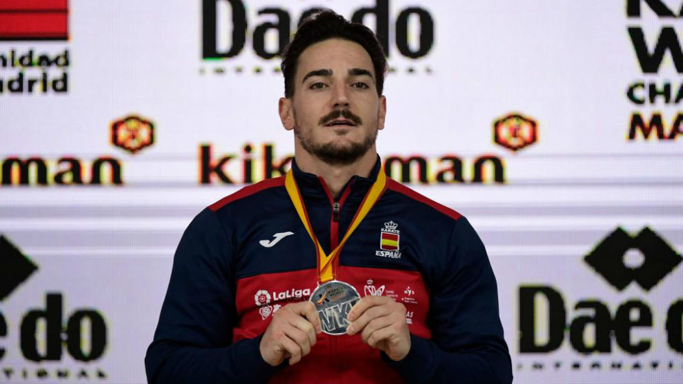 Damián Quintero, con la plata.