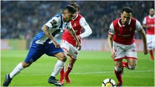 Corona, en una acción en un partido pasado contra el Braga.