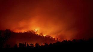 Incedios en California provoca la evacuación de miles de personas.