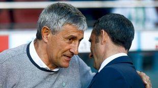 Setién, saludando a Valverde