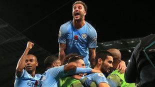 Éxtasis en la celebración de uno de los goles del Manchester City.
