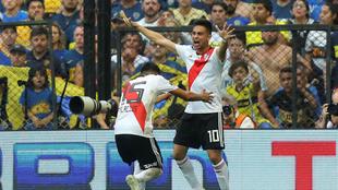 Martínez celebra el tanto del empate.