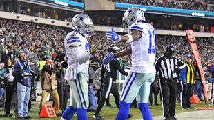 Los Cowboys celebran su anotación.