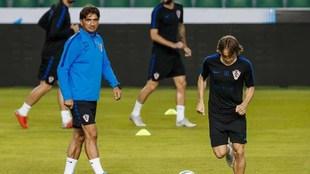 Dalic y Modric, en el entrenamiento en el Martínez Valero de Elche.