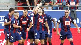 El Eibar quiere repetir las imágenes de celebración con más...
