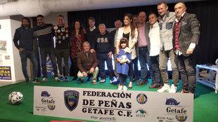 Parte de los homenajeados del club durante el evento
