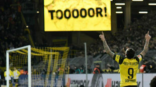 Paco Alcácer celebra su gol contra el Bayern.