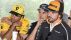 Checo Pérez, entre Sainz y Alonso, en la celebración de 300 GPs del...