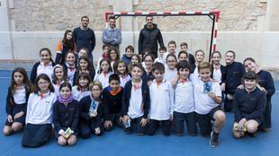 Sergio Asenjo, durante su visita al Colegio Escuelas Pías de...