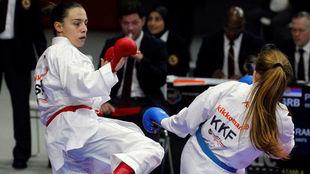 La kosovar Rama pelea con la serbia Prekovic durante los Mundiales de...