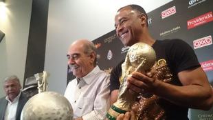 El exfutbolista brasileño estará en el Salón de la Fama