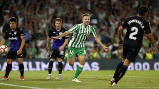 Loren celebra su gol al Leganés en el Villamarín.
