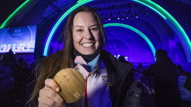 Astrid Fina, con su medalla de bronce en Pyeongchang.