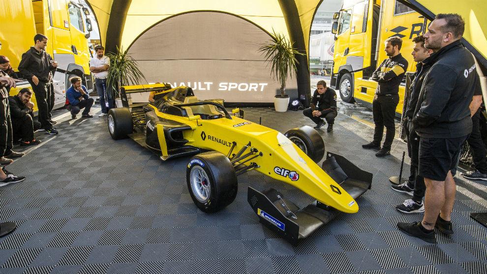 Alonso, también en la Fórmula Renault
