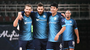 Pola, Gadeia y Daniel celebran el cuarto gol del Movistar Inter.