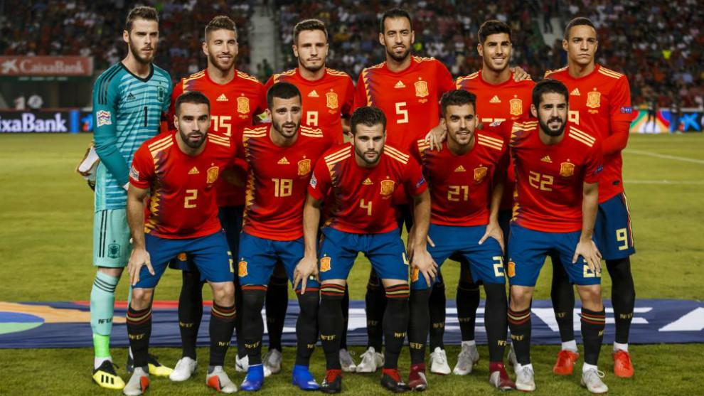 Equipo inicial de España en el triunfo ante Croacia por 6-0 en Elche