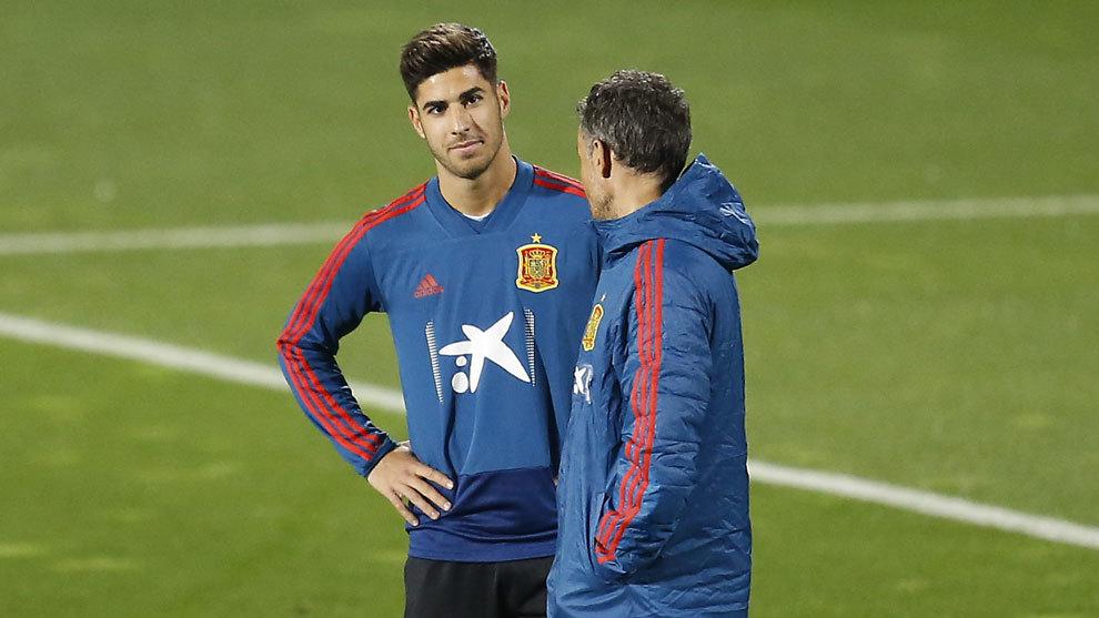 Marco Asensio, en un entrenamiento con la Selección.