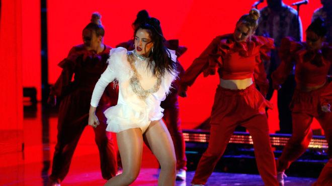 Espectáculo de Rosalía en los Latin Grammy.