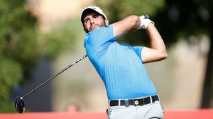 Adrián Otaegui (25 años) durante la segunda jornada en Dubai.