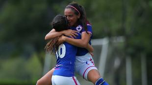 Cruz Azul celebra un gol en la Liga Femenil MX