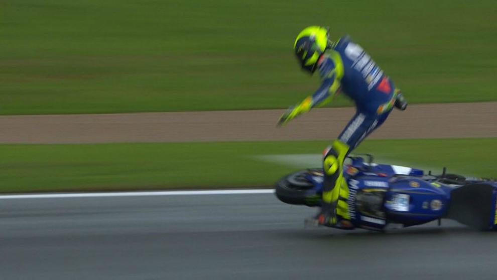 Valentino Rossi, en el momento de su caída durante el FP3
