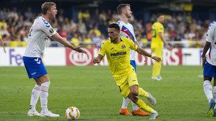 Sansone en un partido de Europa League