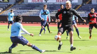 Leonardo Ramos se concentra en terminar el torneo de la mejor manera...