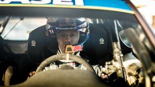 'Seb', en el 'cockpit' del Ford Fiesta con el que...