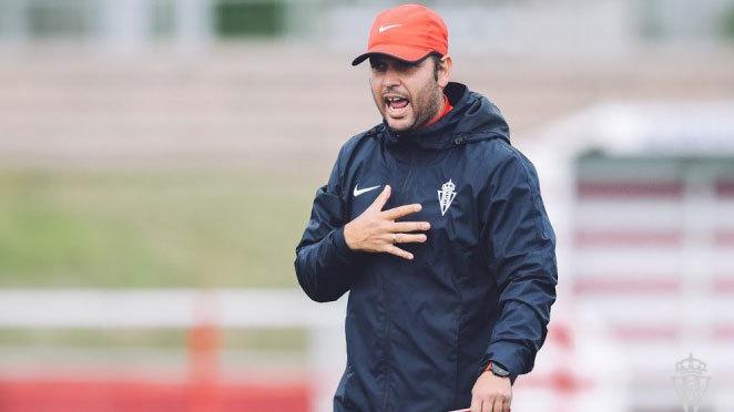 José Alberto López, durante un entrenamiento con el filial...