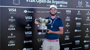 Así festejó el azteca su cetro en el Open de Argentina.