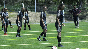 Las jugadoras durante su entrenamiento.