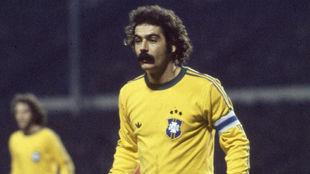 Rivelino, con la selección de Brasil.