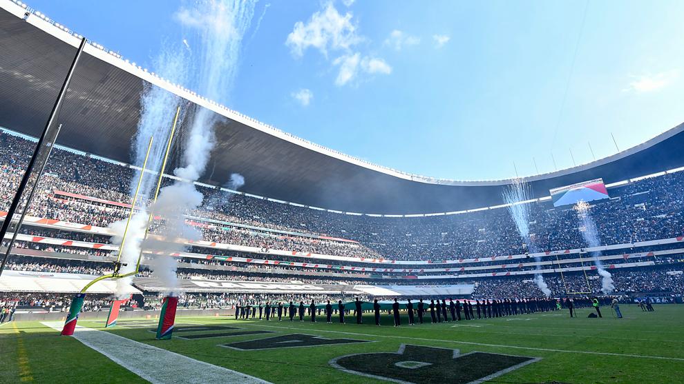 Panorámica del Estadio Azteca para el Raiders vs Patriots de 2017. 32c573f84a9