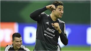 Memo Ochoa, con la selección mexicana.