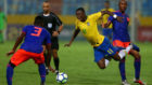Colombia and the rain stop Vinicius in his tracks