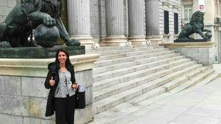 Anna González, el 23 de noviembre de 2016 en la puerta del Congreso.