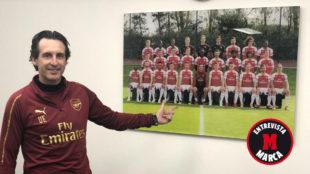 Emery posa para MARCA en la Ciudad Deportiva del Arsenal.