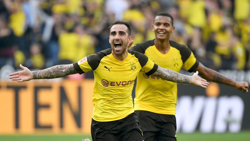 Oficial: El Borussia Dortmund ficha a Paco Alcácer, que firma hasta 2023