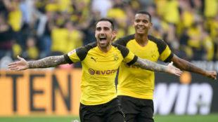 Paco Alcácer celebra un gol con el Borussia Dormtund.