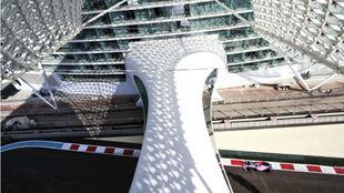 UN CIRCUITO DE OTRO SIGLO. Este es el imponente escenario de Abu Dhabi...