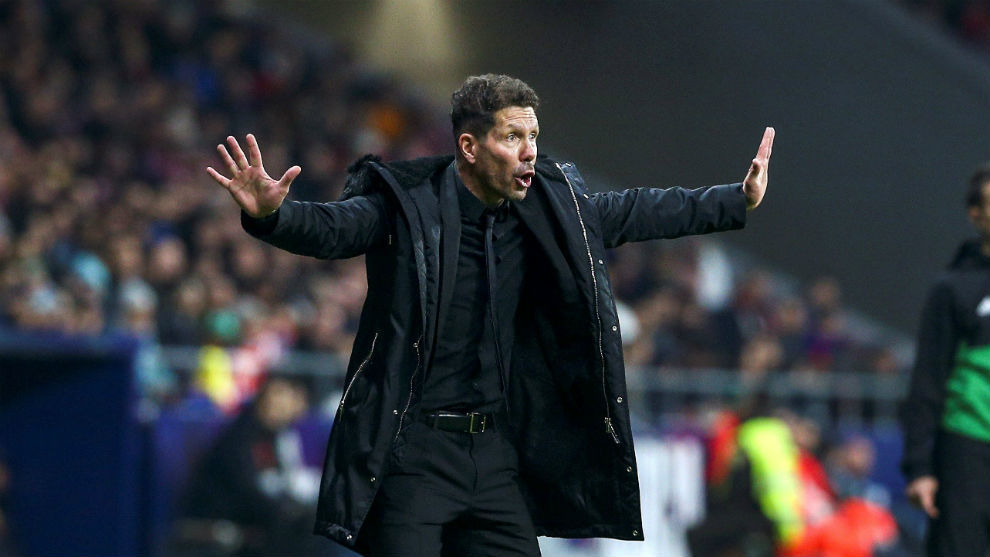 Simeone, during the game against Barcelona