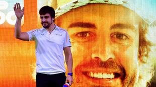 Fernando Alonso, durante el homenaje que le rindió la F1 en Abu Dabi