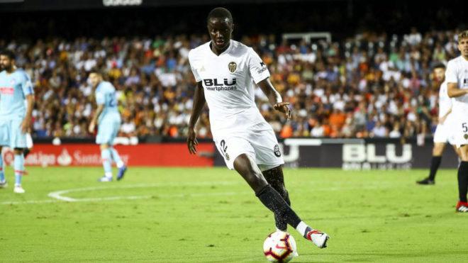 Valencia CF: Y Diakhaby aparece de repente en el once del Valencia ...