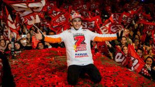 Marc Márquez celebra en su Cervera natal su séptimo Mundial.